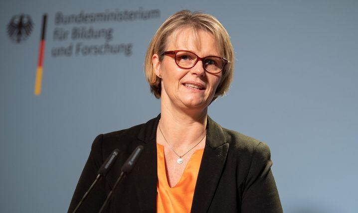 Forschungsministerin Karliczek: Deutschland zum Leitmarkt f??r Wasserstoff machen