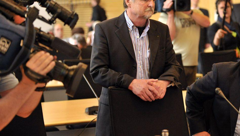 Helmut Roewer vor dem Landtag: Keiner will ihn ernannt haben