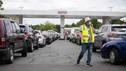 Liebe Autofahrer, bitte füllen Sie kein Benzin in Mülltüten