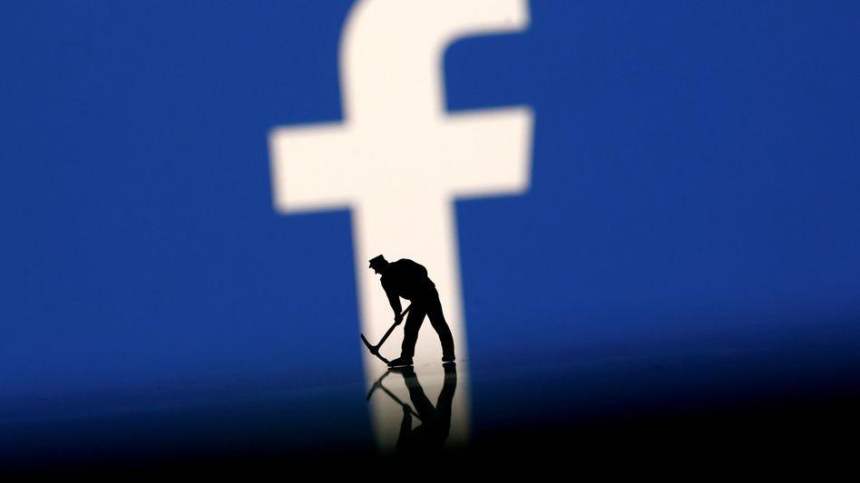 Dauerbaustelle Facebook (Illustration)