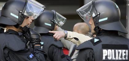 Polizeikessel in Köln: 400 Demonstranten festgesetzt