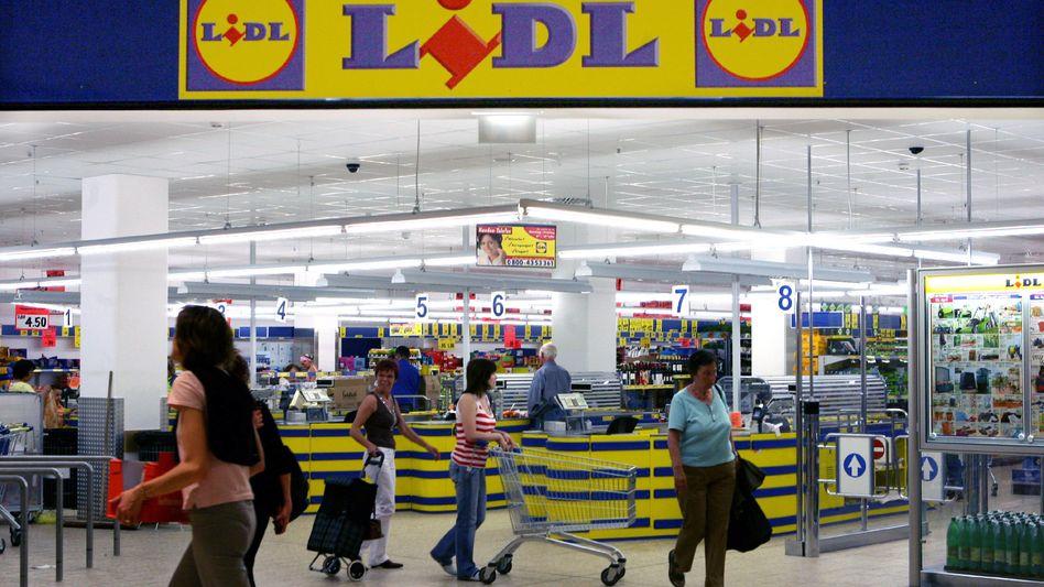 Lidl-Filiale: Verbraucher können den Käse beim Discounter zurückgeben