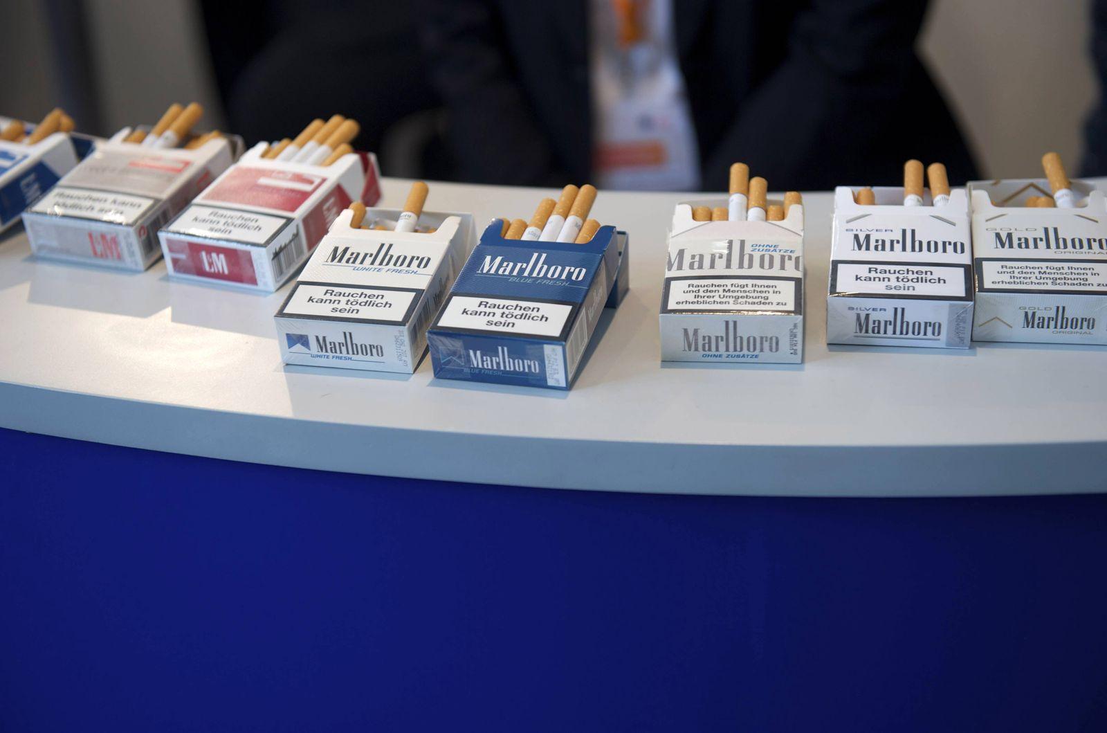 EINMALIGE VERWENDUNG CDU/ Parteitag/ Zigarettenproben/ Marlboro/ Philip Morris