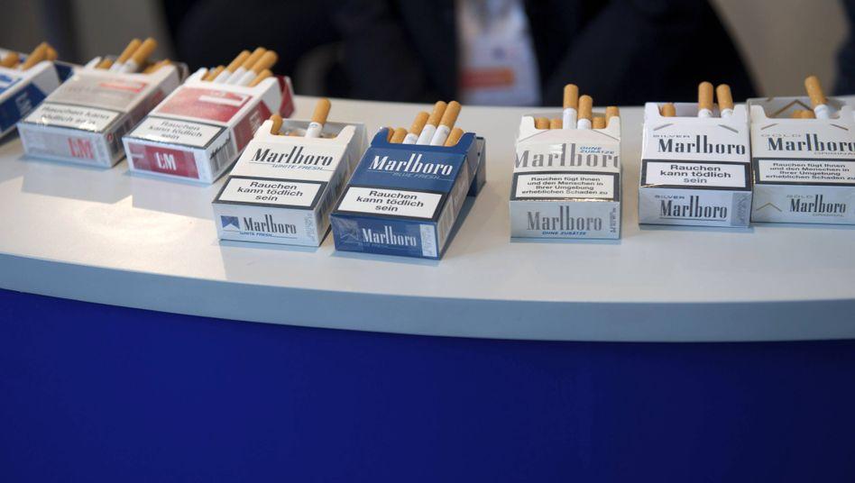 Marlboro-Zigaretten auf CDU-Bundesparteitag 2014 in Berlin