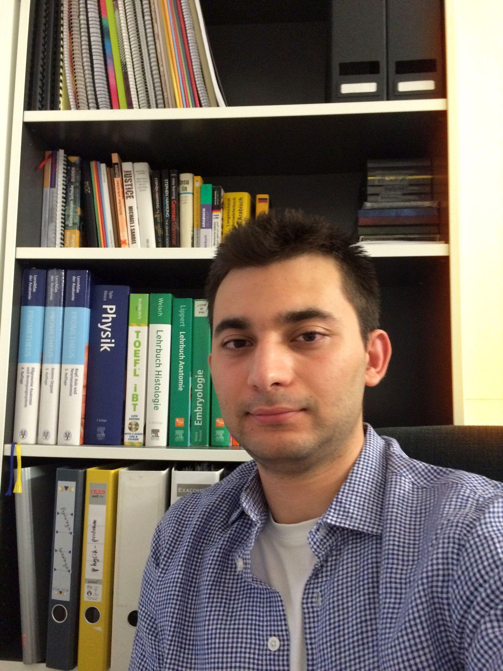 EINMALIGE VERWENDUNG syrischer Medizinstudent Yesser Natafji