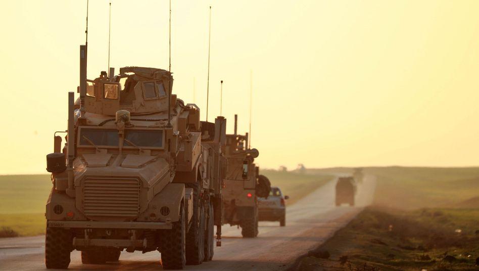 US-Militärfahrzeuge im Nordosten Syriens