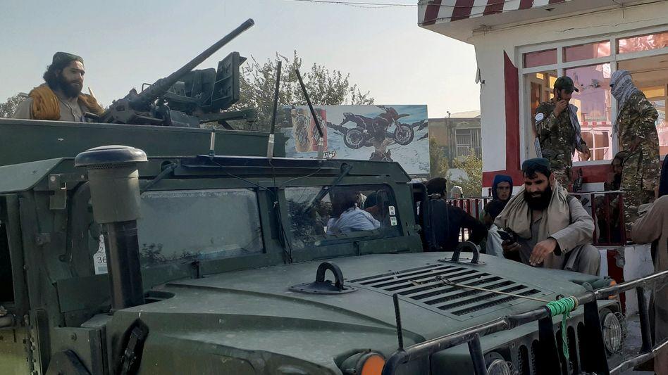 Radikalislamische Taliban-Kämpfer in der nordafghanischen Stadt Kunduz