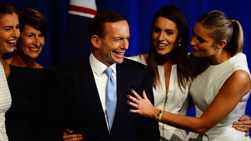 """Wahl in Australien: Der """"verrückte Mönch"""" liegt vorne"""