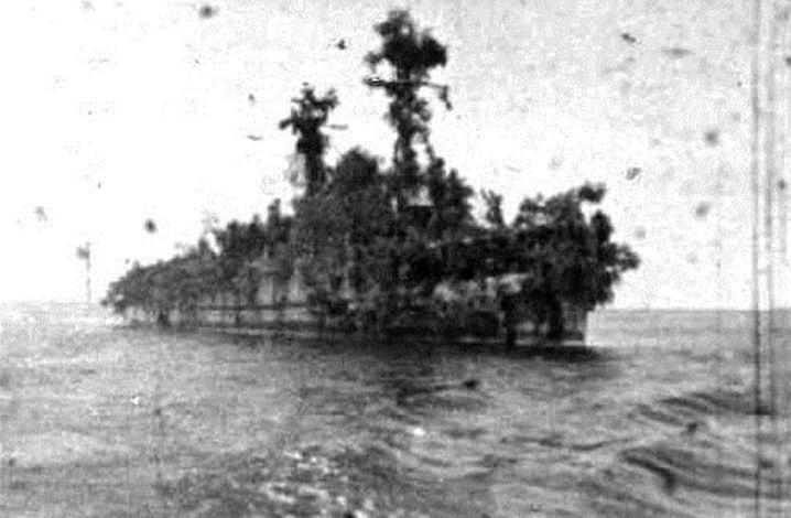 Eine Insel mit zwei Masten