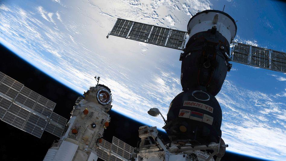 Nach einem kurzen Schrecken wurde alles gut: »Nauka« erfolgreich an der ISS angedockt