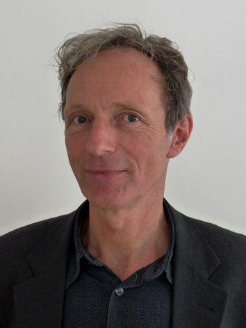 Klaus Hillmann, 58, fährt mit seinem Team Kunstwerke durch ganz Europa