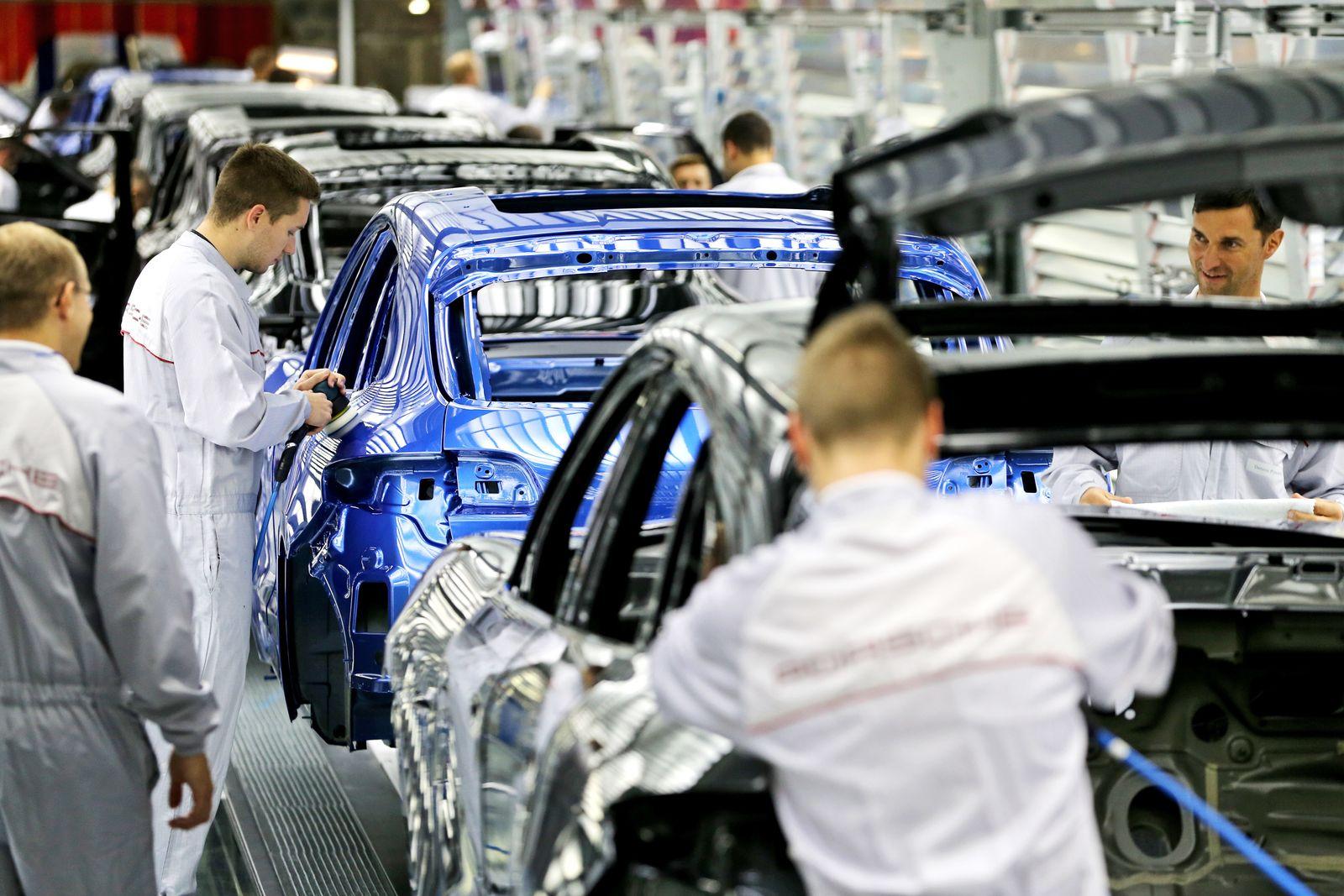 Deutschland / Konjunktur / Wirtschaft / Bruttoinlandsprodukt / Porsche Produktion