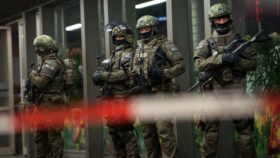 """Spezialeinheiten der Polizei in München am 31. Dezember 2015: """"Wir müssen lernen, wieder mehr Risiko auszuhalten"""""""