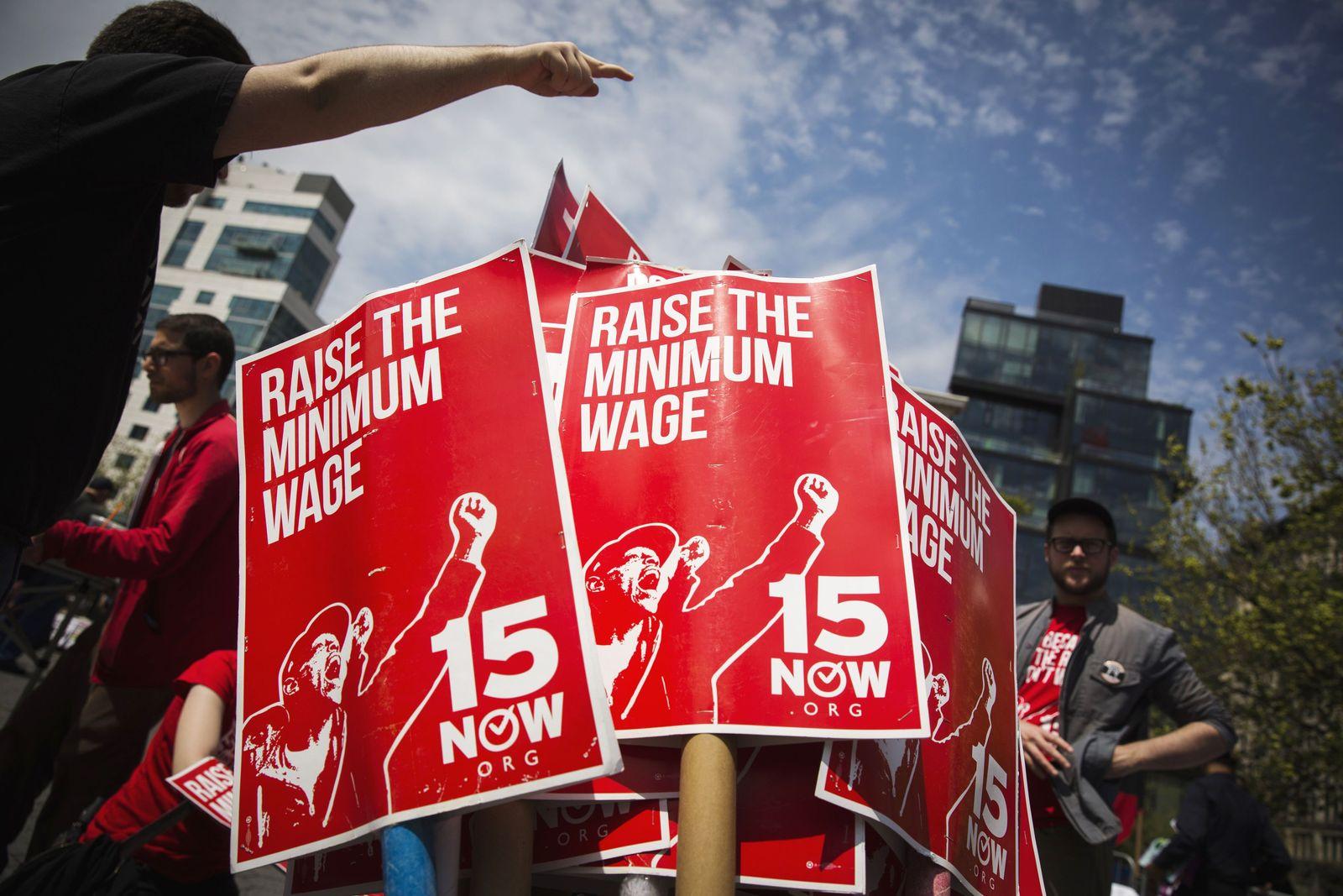 USA / Demo für Mindestlohn