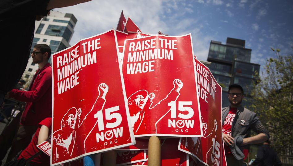 """Mindestlohn-Demo: """"Aus Washington sollte man nichts erwarten"""""""