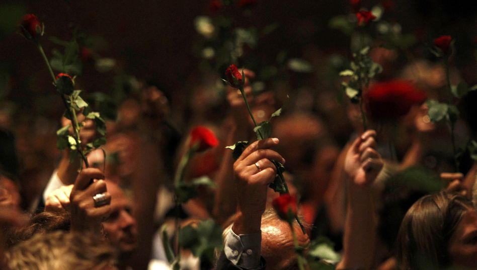 """Gedenkveranstaltung der sozialdemokratischen Jugend: """"Hass hat Liebe erzeugt"""""""