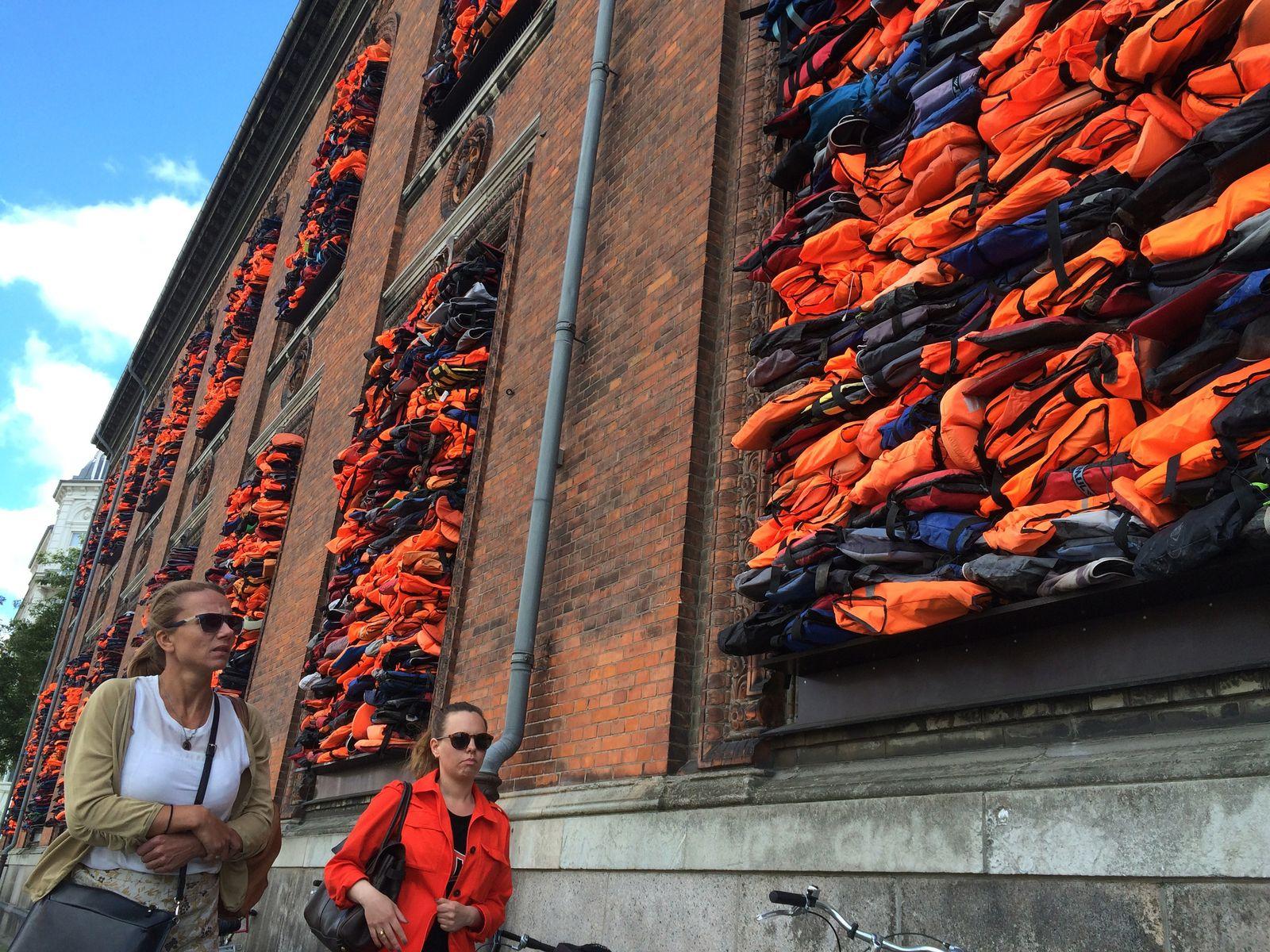 EINMALIGE VERWENDUNG Denmark Ai Weiwei