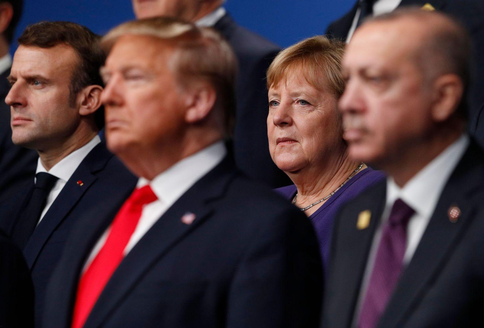 Nato/ Merkel