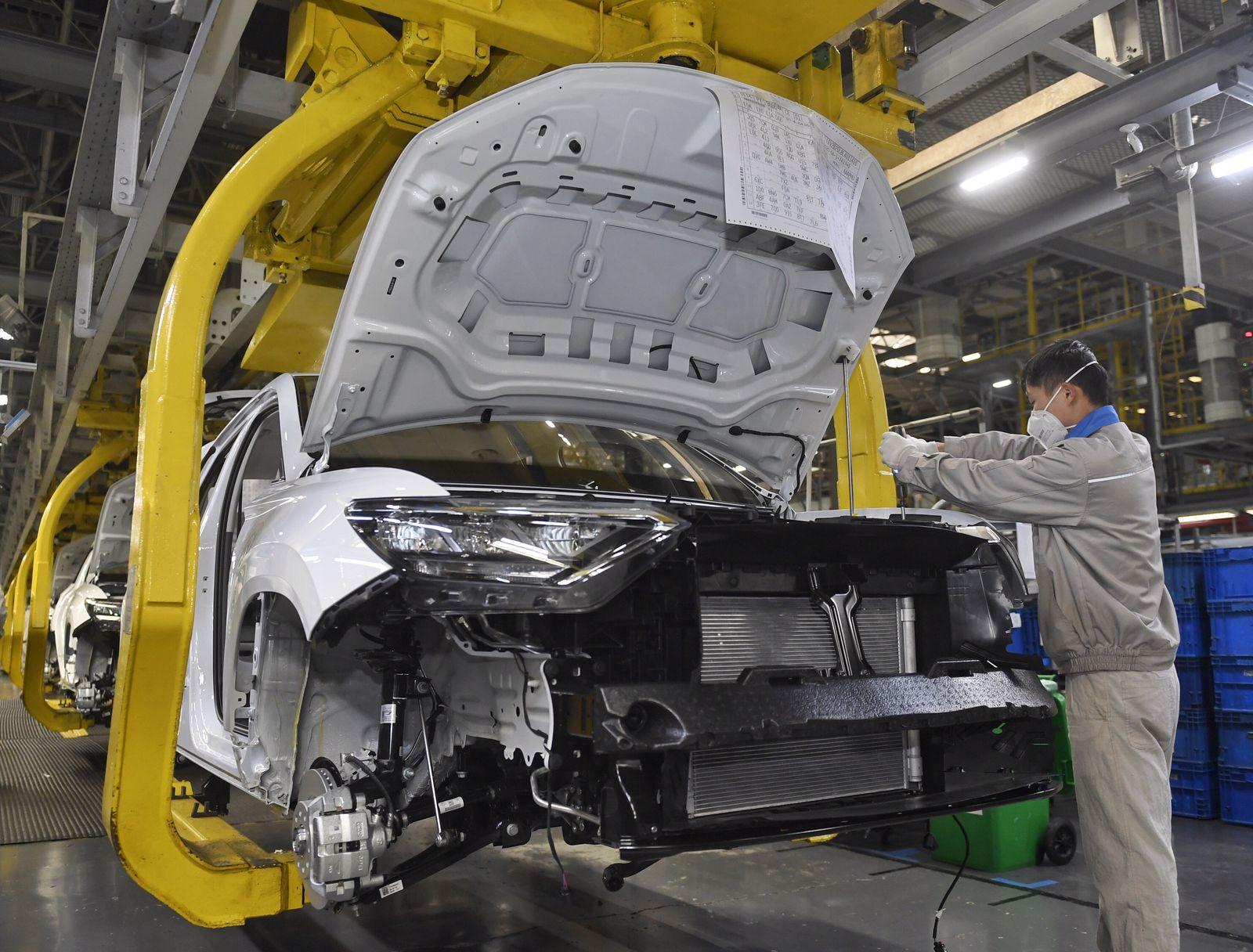 Automobilproduktion bei FAW-Volkswagen Automobile in Chnegdu