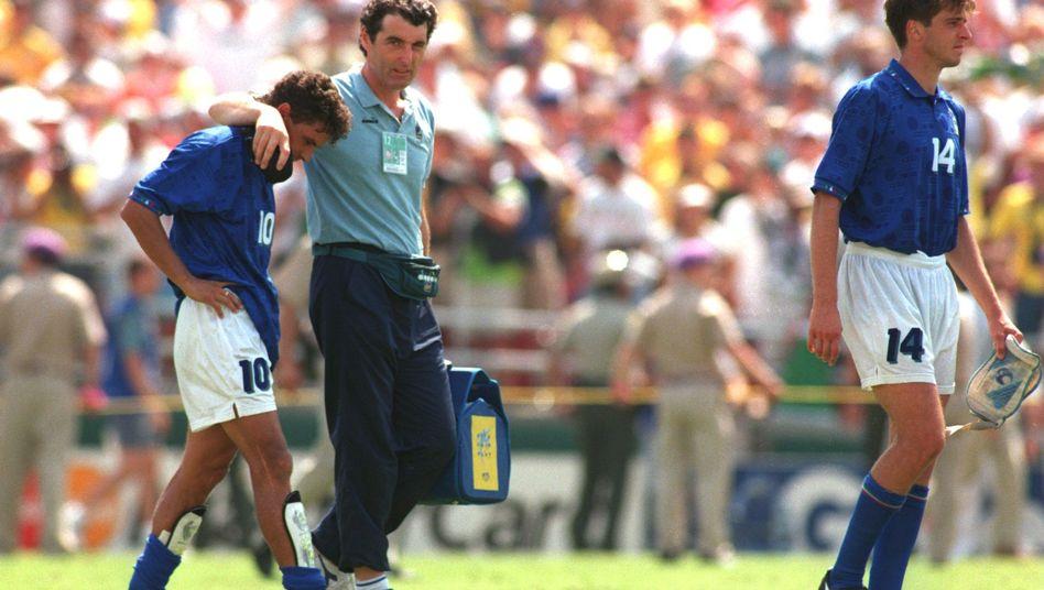 Roberto Baggio nach seinem verschossenen Elfmeter 1994