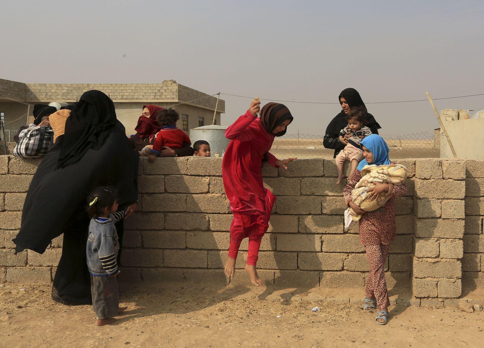 Mossul/ Menschen fliehen