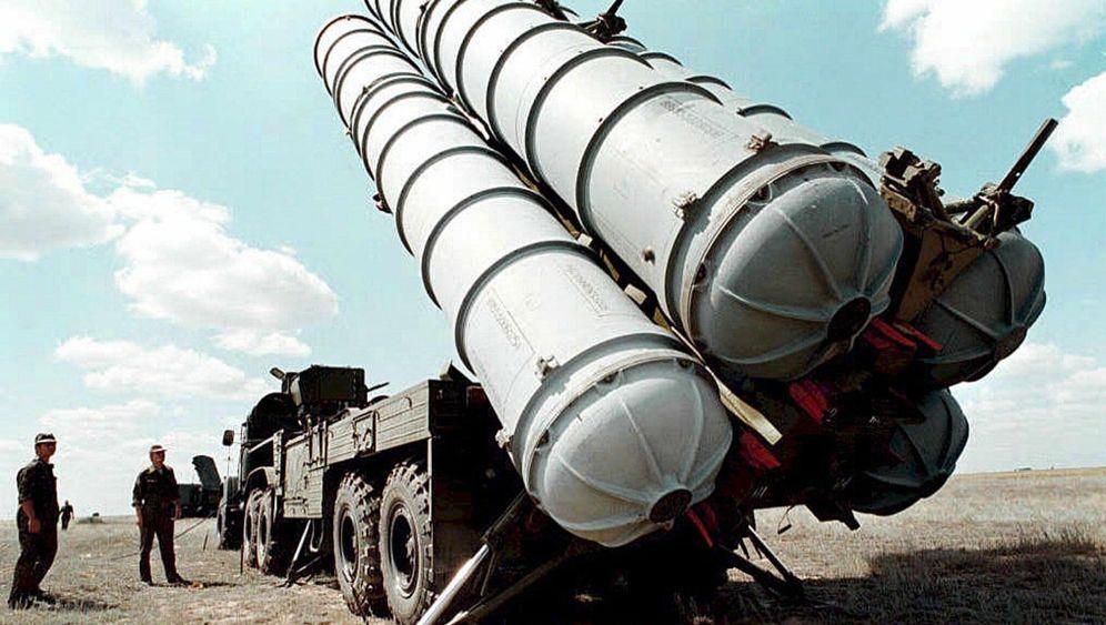 Abwehrraketen und Kampfjets: Russland stoppt Export nach Syrien