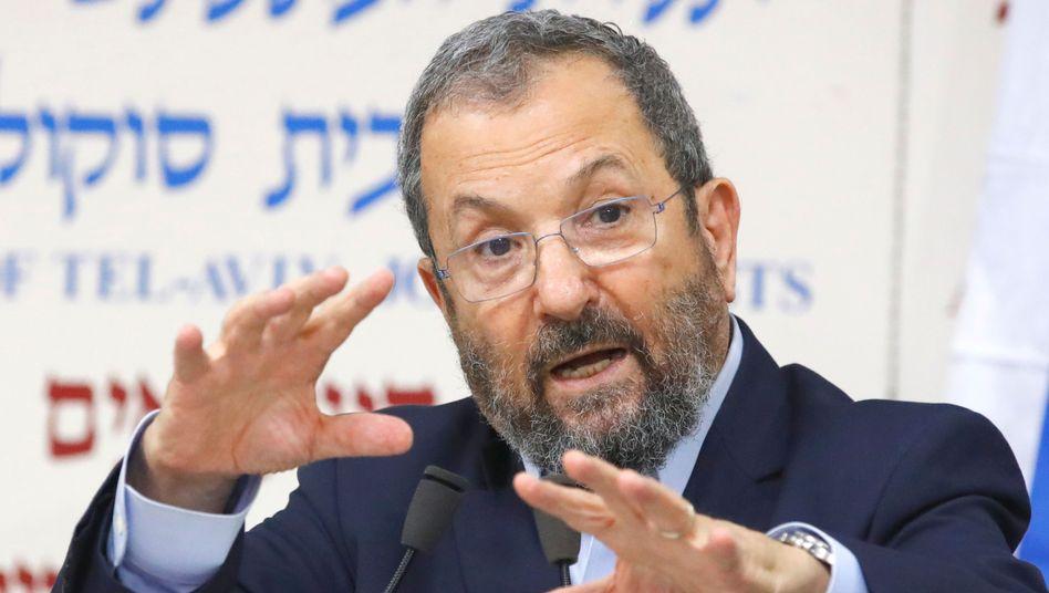 """Ehud Barak sagt, Israel habe noch nie so """"dunkle Tage"""" erlebt wie derzeit"""
