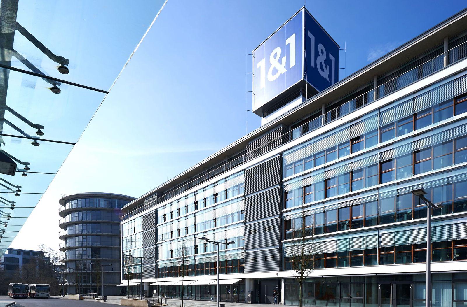 EINMALIGE VERWENDUNG 1&1 / Firmensitz in Montabaur, Bahnallee