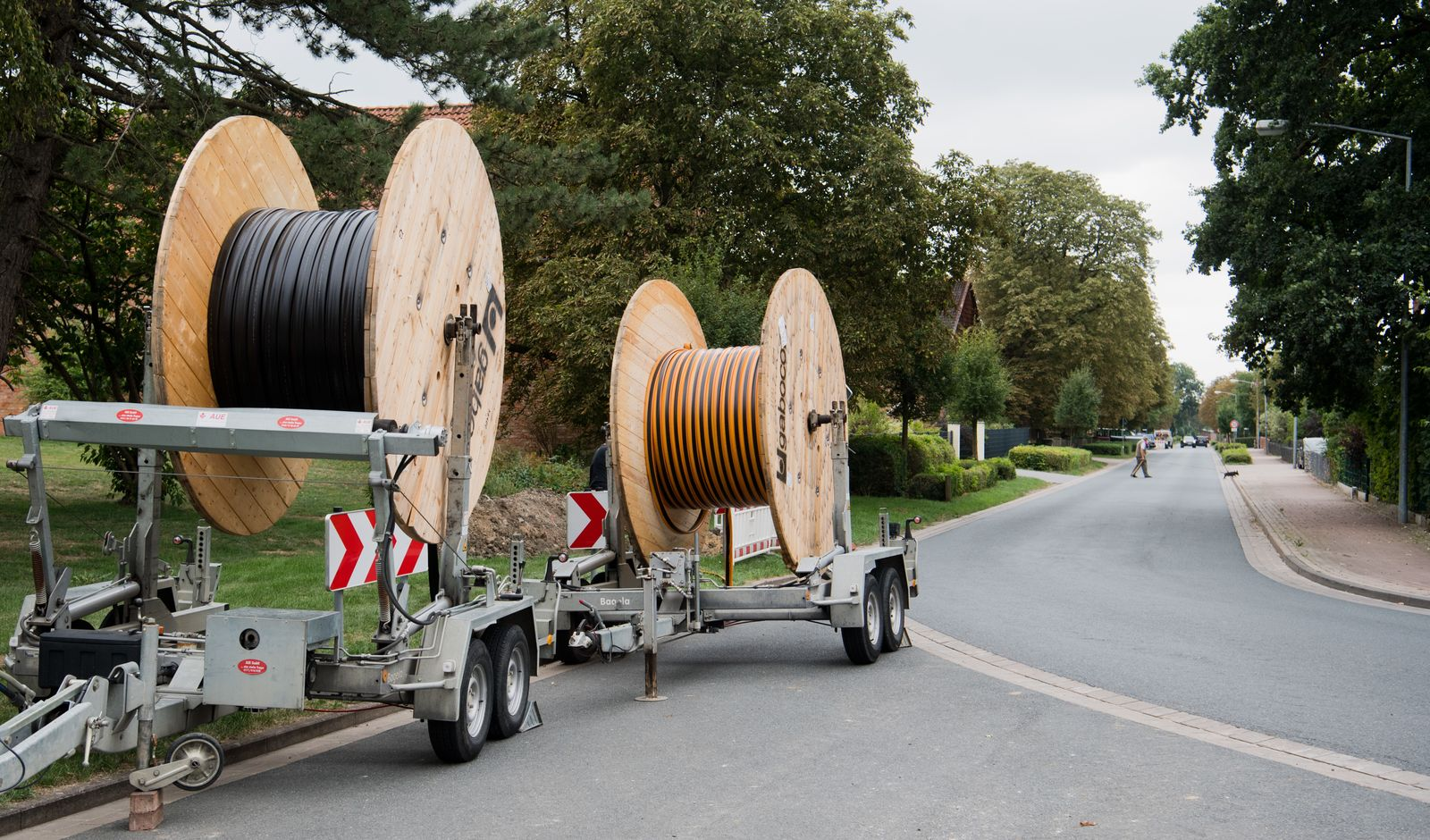 Breitband-Infrastruktur/ Glasfaserleitungen/ Glasfaserkabel