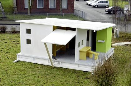 A model of the new paper house was set up in Kiel in December.