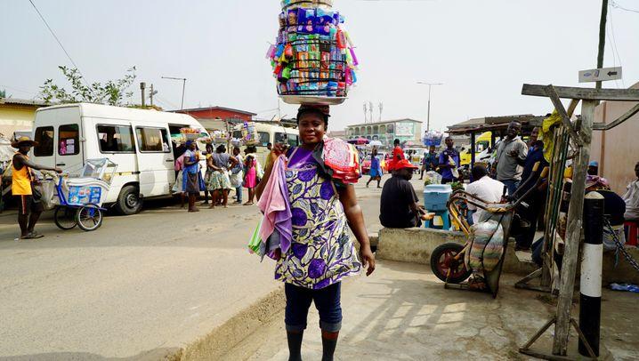 Straßenverkäuferinnen im Lockdown: Kein Einkommen, keine Nahrung