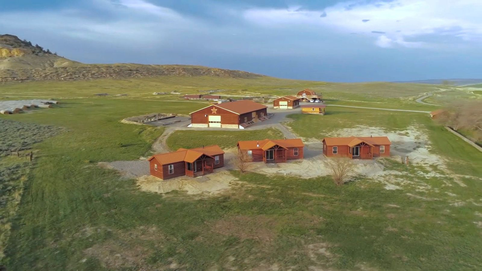 Kim Kardashian and Kanye West have reportedly splashed out $14 million on a ranch in Wyoming.