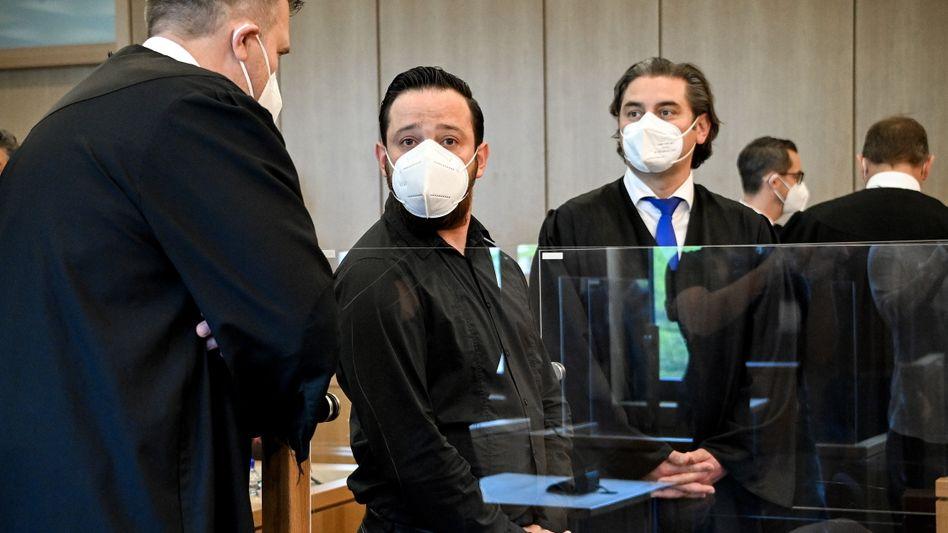 Deniz Naki im Landgericht Aachen: Die Verteidigung sagt, die Anklage beruhe auf Gerüchten