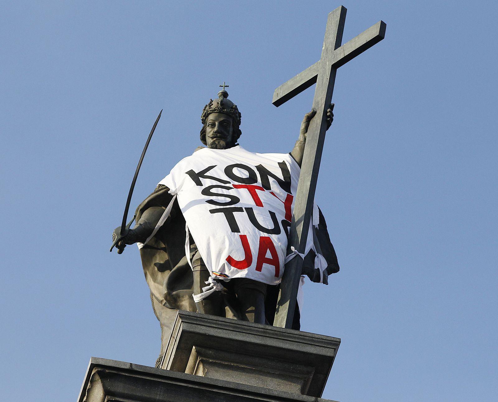 Verfassungsexperten besorgt über polnische Justizreform