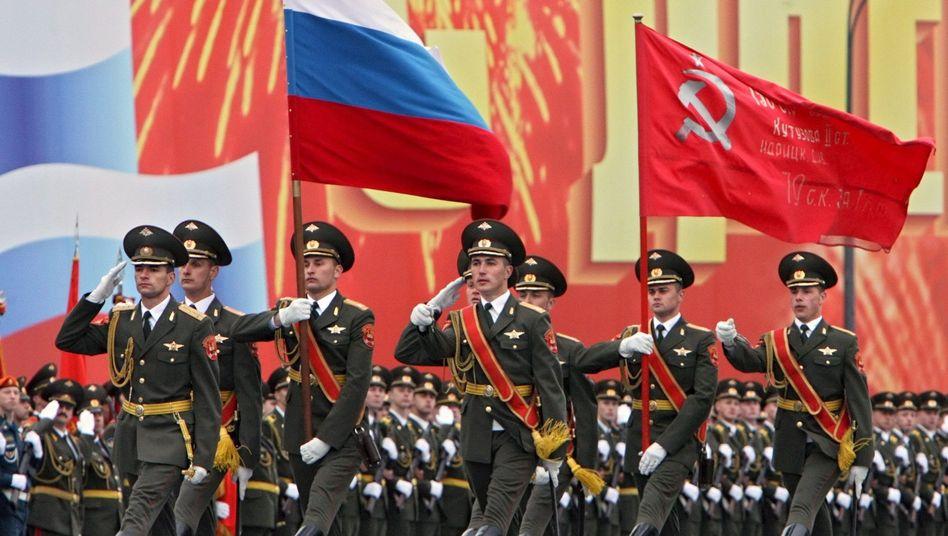 Militärparade in Moskau: Pflege des Feindbildes Nato