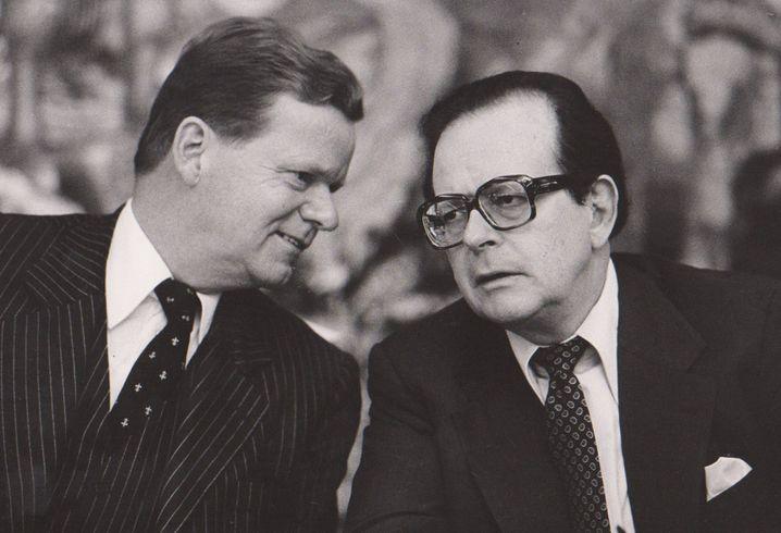 Manager Eberhard von Brauchitsch mit Milliardär Friedrich Karl Flick (r.; 1978): Emsige »Landschaftspfleger« der Bonner Republik