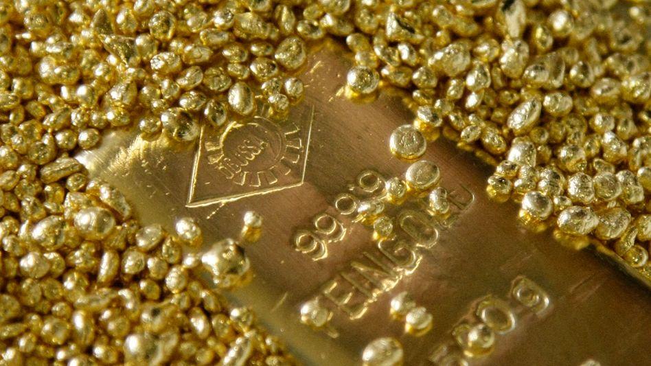 Goldbarren und Granulat: Heftige Preisschwankungen