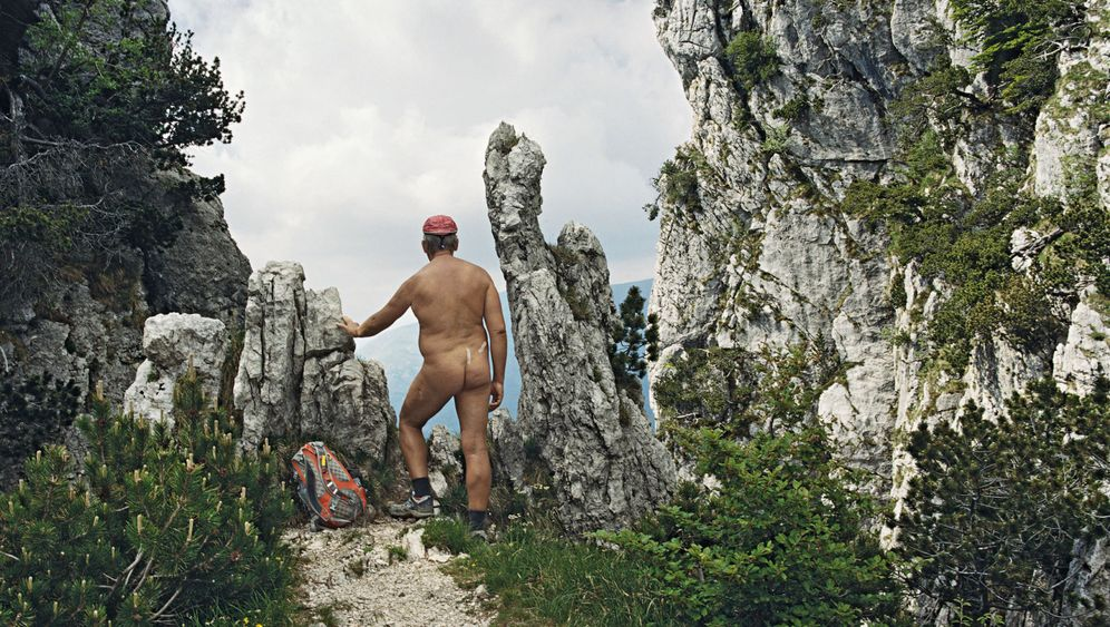 Fotoprojekt Nacktwanderer: Hüllenlos durch die Berge