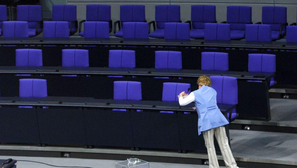 Reinigungskraft im Bundestag: 5,50 Euro pro Stunde und weniger
