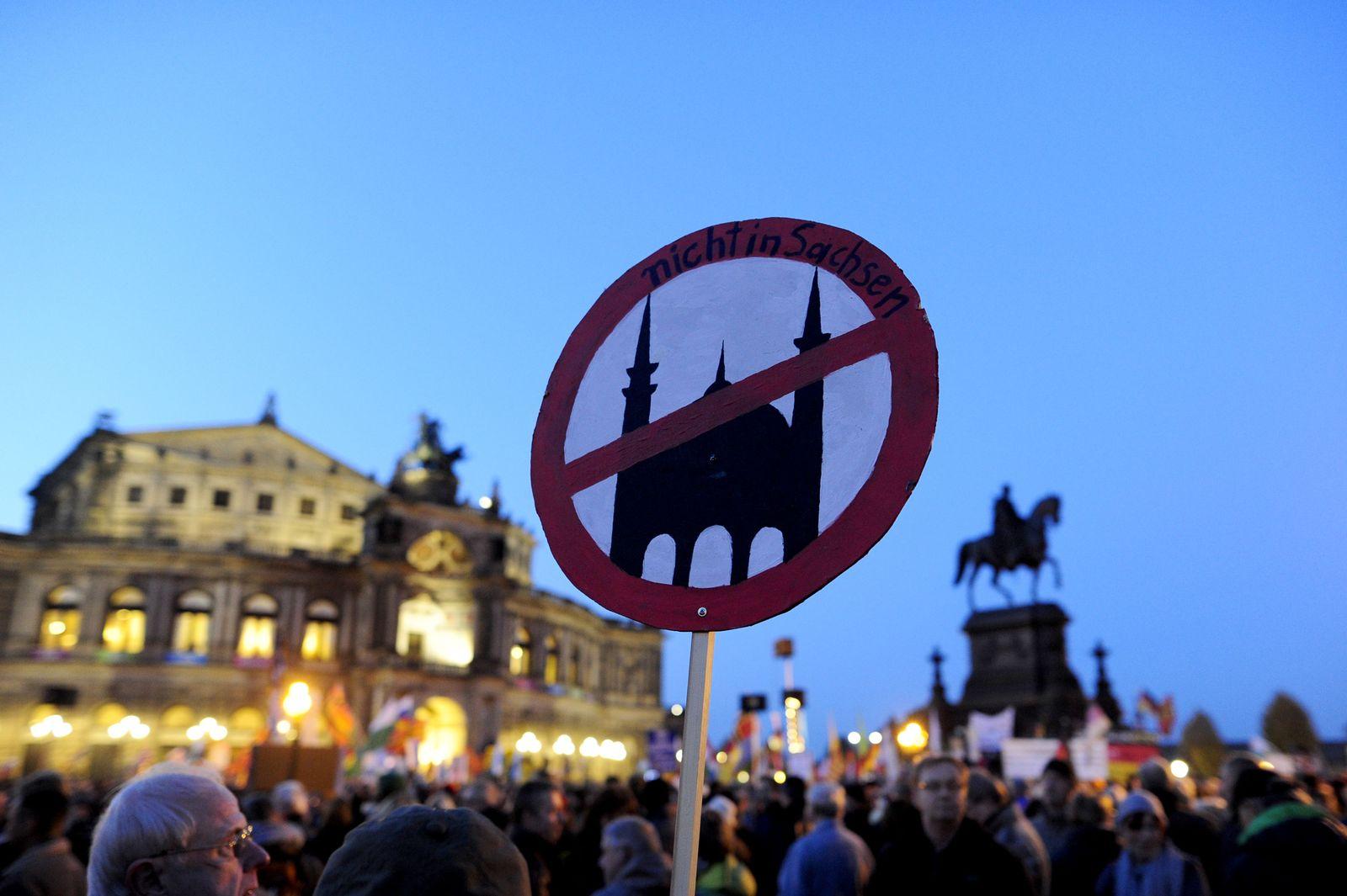 Dresden/ Pegida