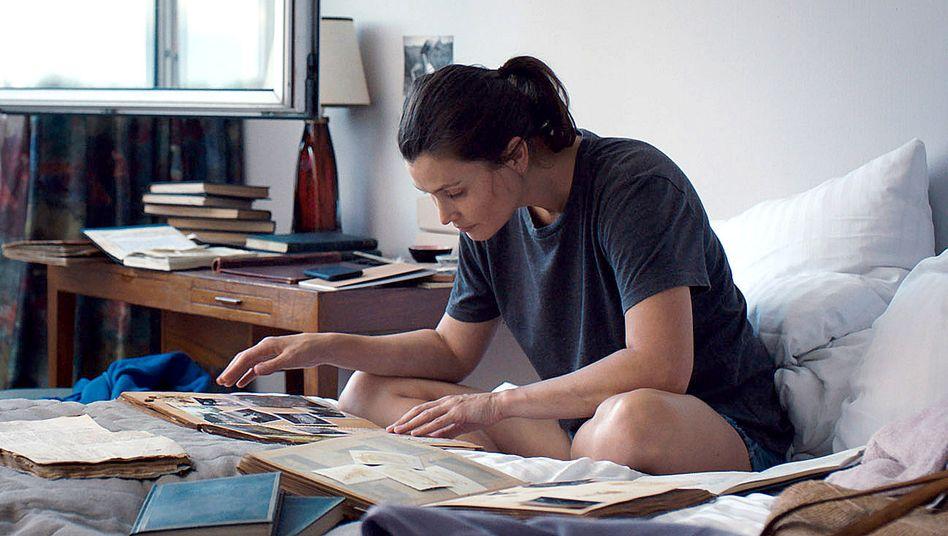 "Szene aus ""Giraffe"": Lisa Loven Kongsli als Ethnologin Dara"
