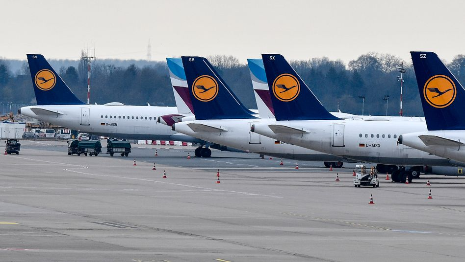 Lufthansa-Maschinen am Düsseldorfer Flughafen
