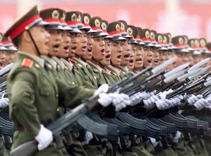 Chinesische Soldaten: Der angebliche Freund spähte die Nomenklatura aus