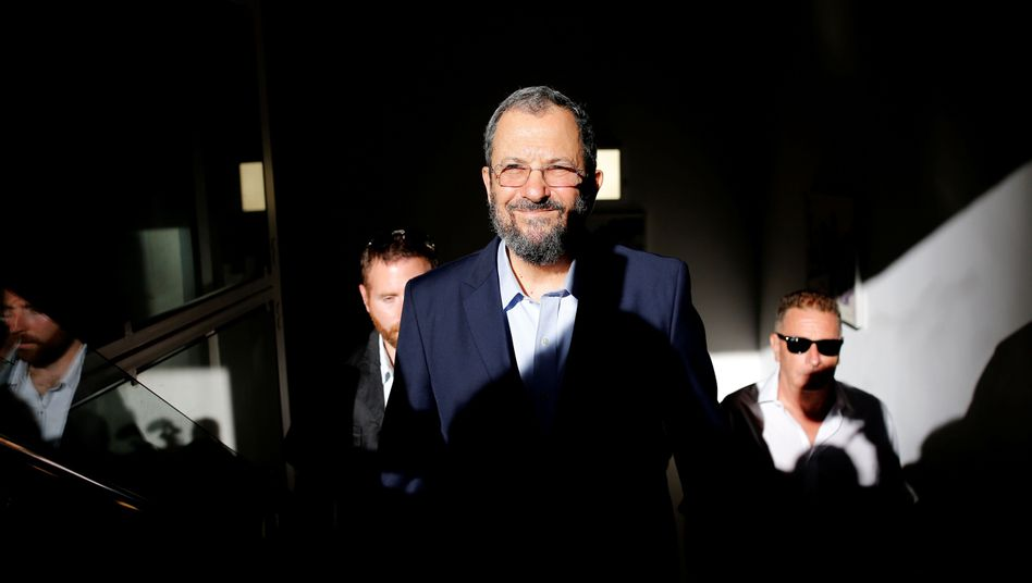 Ehud Barak fordert Israels Premier Benjamin Netanyahu heraus