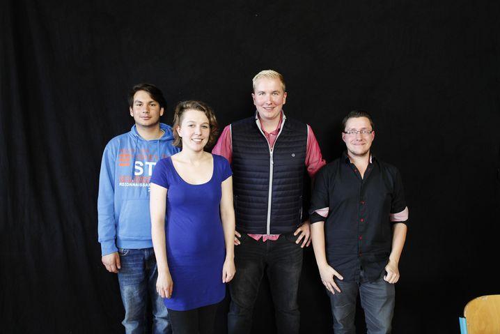 Parteienvertreter (v. l. n. r.): Maximilian Hentschel (Linksjugend), Ronja Thiede (Grüne Jugend), Tom Brüggert (Junge Union), Martin Hackbarth (Jusos)