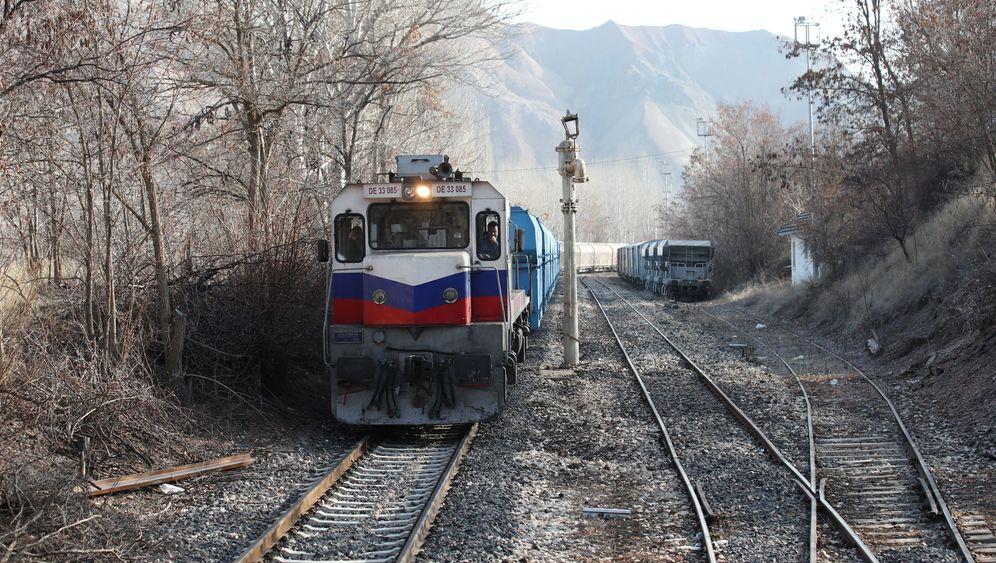 Ankara - Kars: 24 Stunden im Bummelzug durch die Türkei
