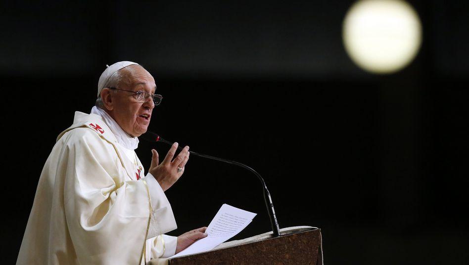 """Papst Franziskus in Rom: """"Mehr Balance finden"""""""