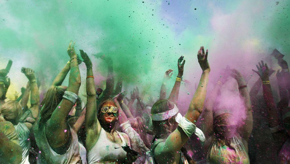 Bunter Freizeitlauf: Farbenfroh in Amesbury