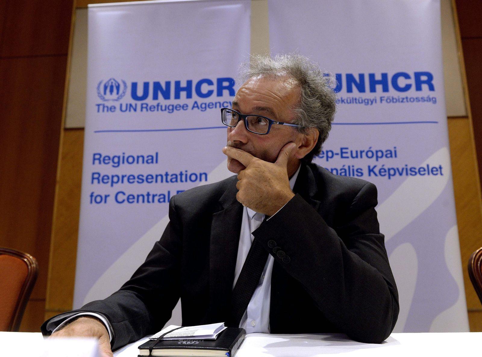 UNHCR Director of Europe Cochetel press conference