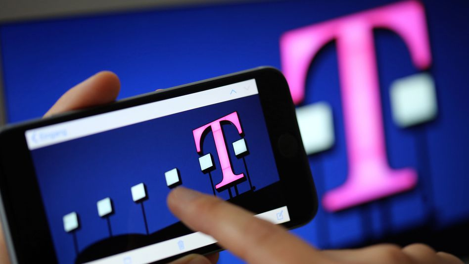 Smartphone mit Telekom-Logo